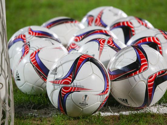 Российская футбольная премьер-лига: «Мы против мата и расизма»