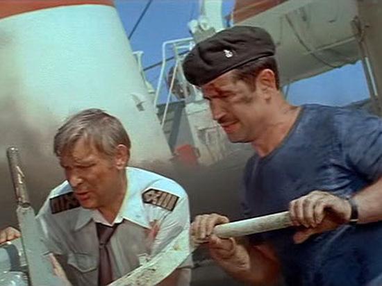 Звезда «Пиратов XX века» подал в суд из-за пособия по рукопашному бою