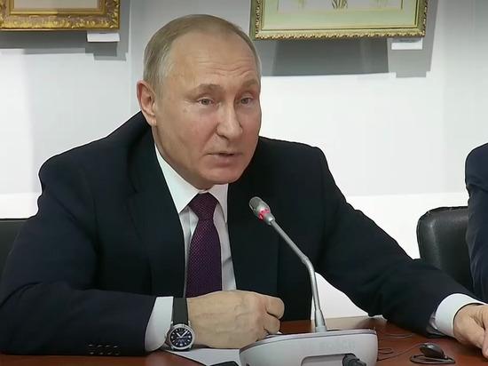 Путин пошутил про Наполеона: «Проходил военную службу в Москве»