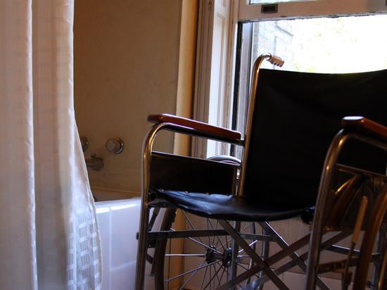 Власти Ноябрьска пообещали помочь в трудоустройстве инвалидов