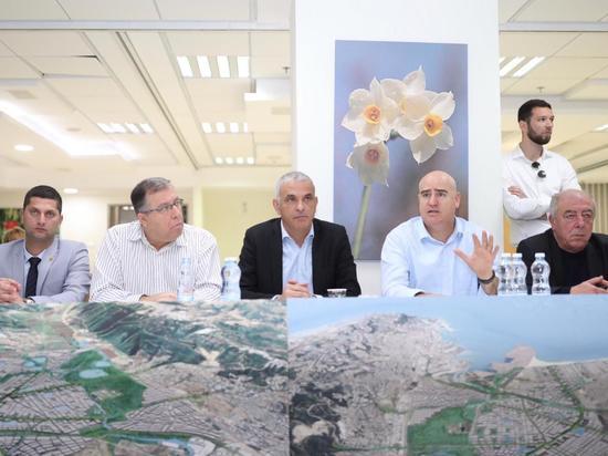 Кахлон представил мега-программу по спасению Хайфского залива