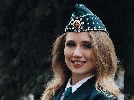 devushki-iz-konkursov-krasoti-seks-s-nimi-rossiyskie-zvezdi-kino-bez-trusikov