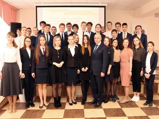 Врио Липецкого Губернатора встретился с одаренными детьми