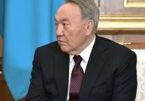 Отставку Нурсултана Назарбаева с поста президента Казахстана сейчас сравнивают с отставкой Бориса Ельцина