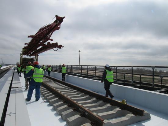 """Репортаж """"МК на Кубани"""" о завершении строительства Крымского моста"""