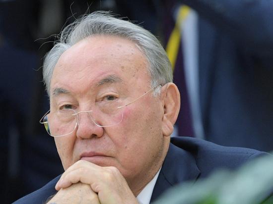 Нурсултан Назарбаев сложил с себя полномочия президента Казахстана