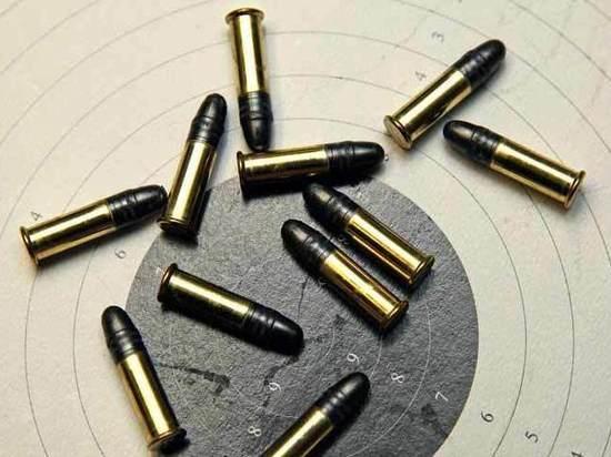 Осужден экс-полицейский, который таскал патроны со службы для соседа