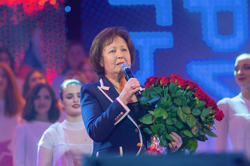 Юбилей Валерия Леонтьева: бомонд - в Москве, выстрелы - в Петербурге