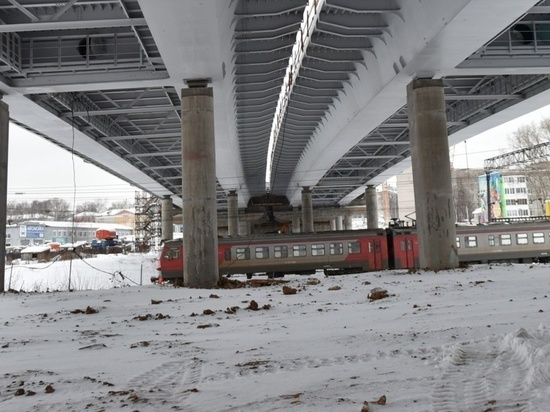 Власти Кировской области не допустят транспортного коллапса на путепроводе в Чистых прудах