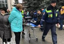 Женщина потеряла сознание на прощании с Юлией Началовой