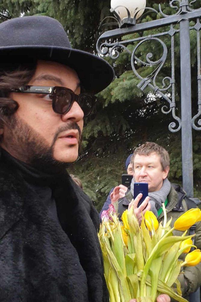Киркоров, Кормухина, Жасмин на прощании с Юлией Началовой: скорбные кадры