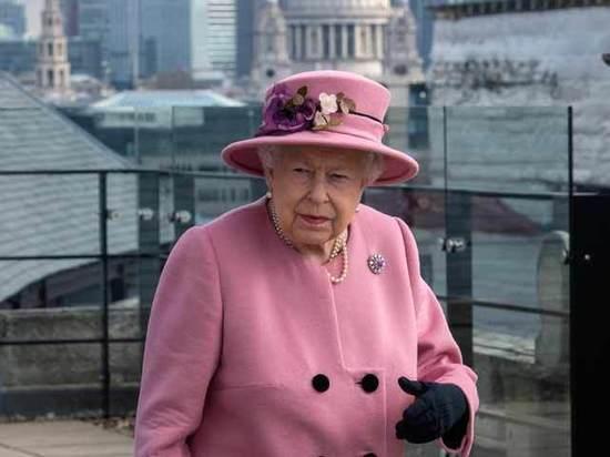 "Brexit: ""разрулить"" ситуацию придется Елизавете II"