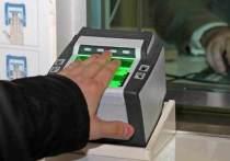 Идентифицировать пассажиров заказных автобусов при помощи биометрических данных предложил Минтранс