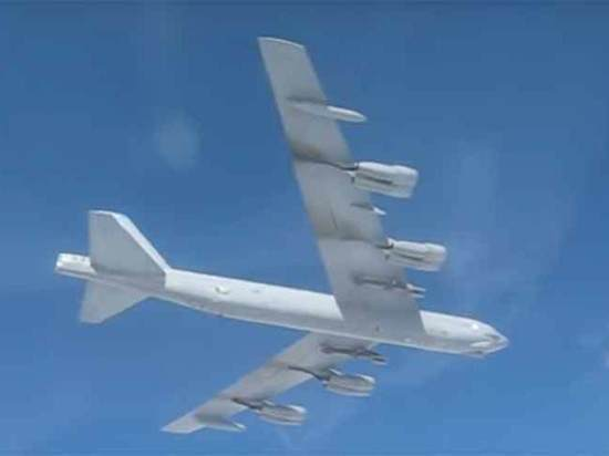 Названа цель бомбардировщика США, перехваченного над Балтикой