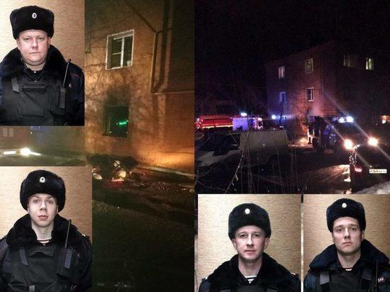 Росгвардейцы спасли от пожара на Цеховой в Кирове 8 человек