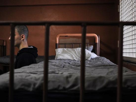 Во ФСИН рассказали, почему задержанных не принимают в московских СИЗО