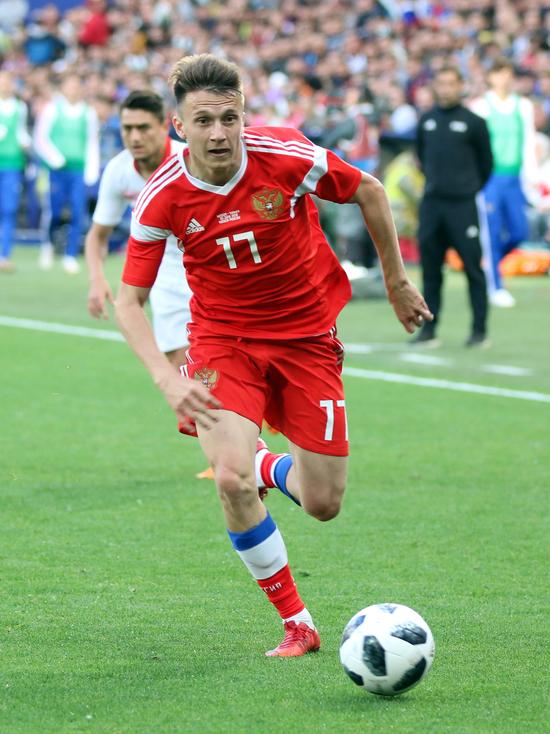 Головина и Кузяева отпустили из сборной: с Казахстаном не сыграют