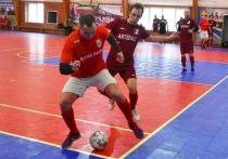 Серпуховская команда по футболу одержала победу над соперниками из Протвино