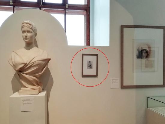 Кража Куинджи наоборот: неизвестные повесили лишнюю картину в Историческом музее