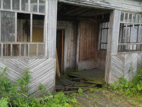 Порядка 50% расселенных аварийных домов предстоит снести в Вологодской области
