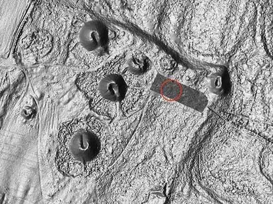Судно обнаружилось в гробнице