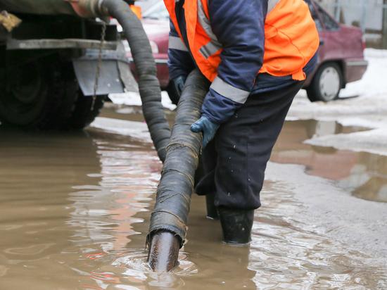 В Нижнем Новгороде откачали 900 кубометров воды