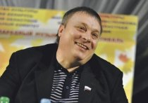Создатель «Ласкового мая» Разин пообещал 5 млн рублей за избиение Шнурова