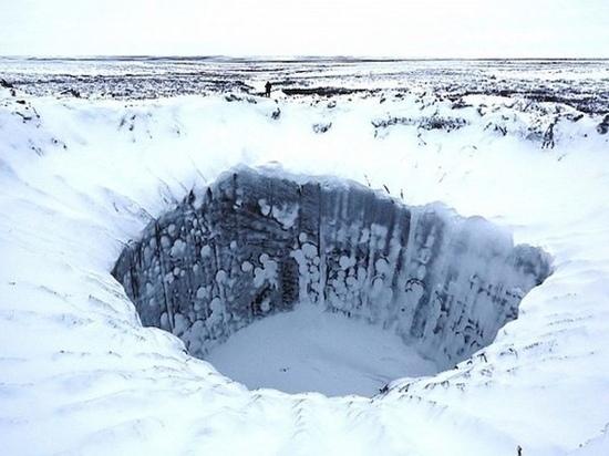 Ученые опасаются, что озера возле месторождения «Газпрома» могут взорваться