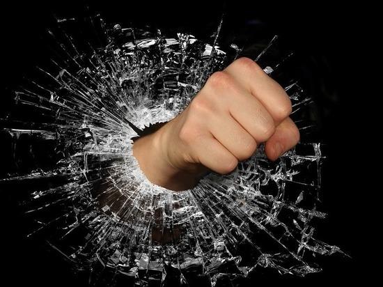 МВД начало проверку после драки следователей и полицейских в Калмыкии