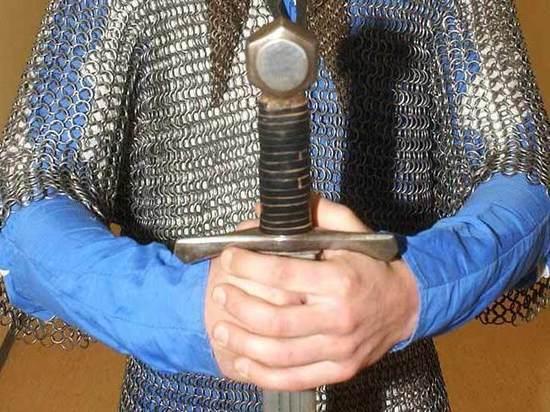 В Москве откроют Музей толкинизма: там можно сфотографироваться с мечом