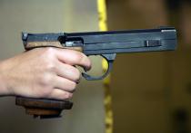 """70-летний """"стрелок"""" рассказал полиции, что дети бегали во дворе вокруг его машины и по крышам гаражей"""
