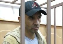 Задержание экс-министра Открытого правительства Михаила Абызова оказалось косвенно связано с трагедией, первая годовщина которой отмечалась в России в понедельник, 25 марта