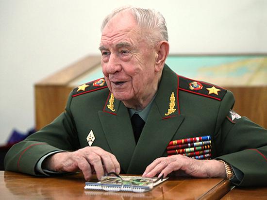Литва устроила судилище советских военных: за что получил срок маршал Язов
