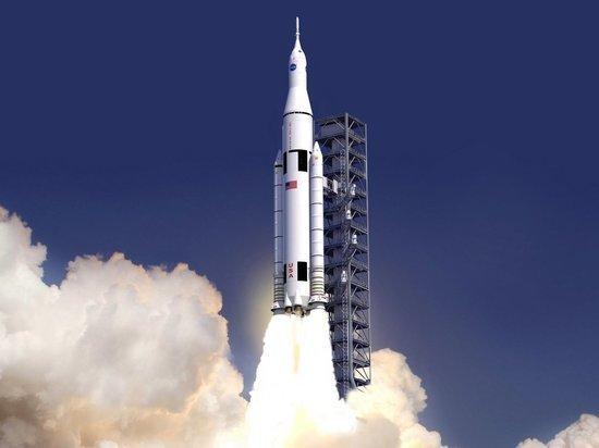 Американцы высадятся на Луну через пять лет: Россия усомнилась