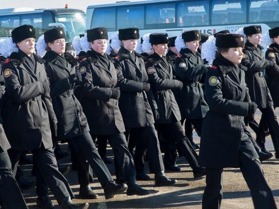 Парадный расчет юнармейцев 9 мая возглавит космонавт Роман Романенко