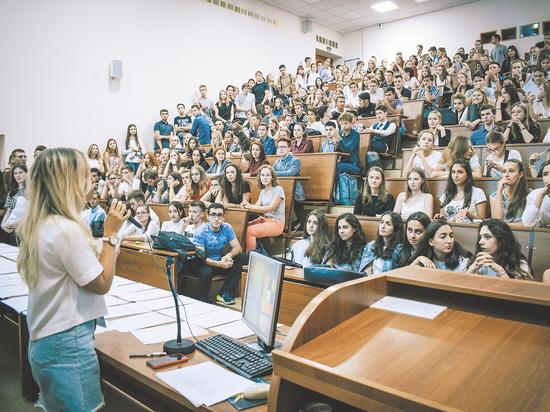 Как работает программа по возвращению российских студентов из иностранных вузов