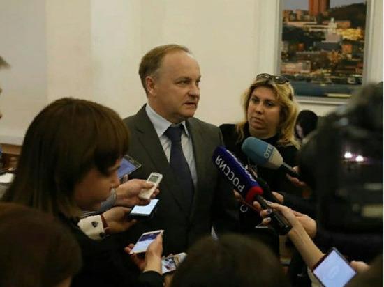 Депутаты Владивостока выбрали Олега Гуменюка и.о. мэра города