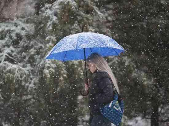 Весна задерживается: холодный фронт принесет в Крым снежные дожди
