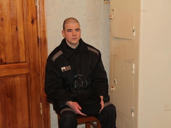 «В тюрьме слушаю лекции Солженицына»: первое интервью убийцы Маркелова и Бобуровой