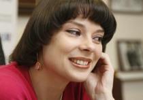 Деятели искусства потребовали увольнения главы Дирекции образовательных программ Калачиковой