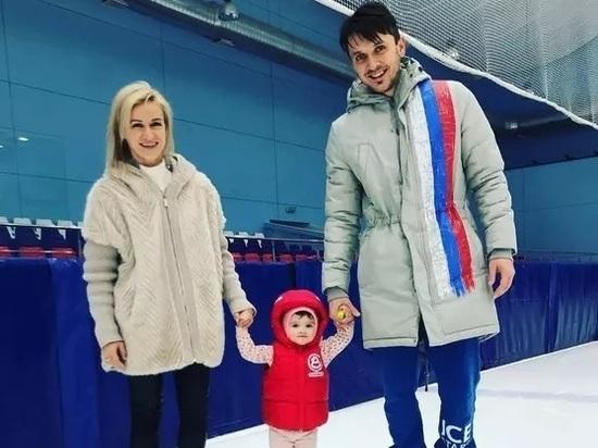 Дочь Волосожар и Транькова против воли родителей вышла на лед