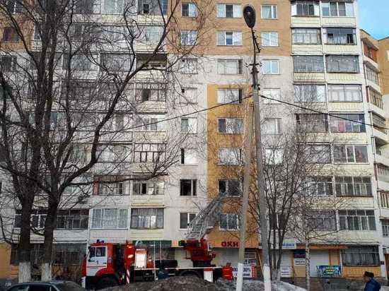 В Саранске 49-летний мужчина смог спастись из горящей квартиры