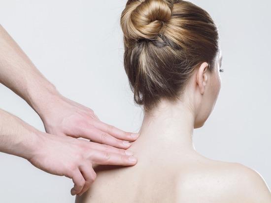 Волгоградцам рассказали, от каких болезней им можно лечиться массажем