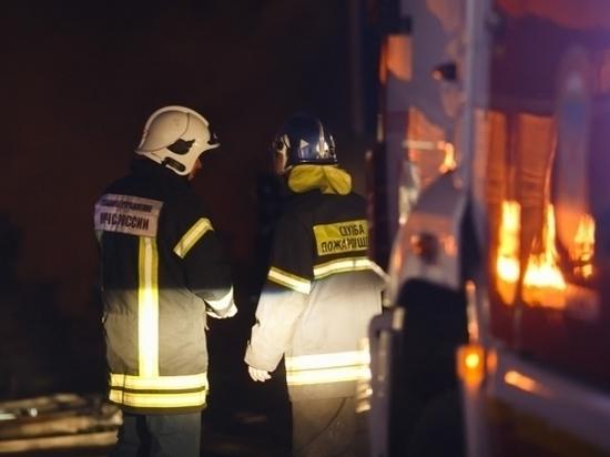 «Четырнадцатая» сгорела на «танцующем» мосту в Волгограде