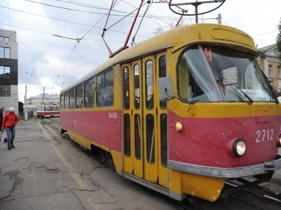 Волгоградская пенсионерка госпитализирована после ДТП с трамваем