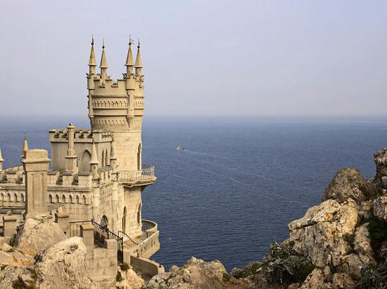 Власти Крыма призвали сократить сроки нахождения кораблей НАТО в Чёрном море