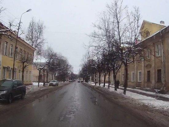 «ПсковДорСпецСтрой» выиграл контракт на ремонт улицы Льва Толстого
