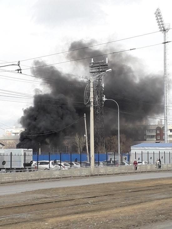 Красноярцев испугали клубы черного дыма у стадиона «Авангард»