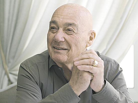 Владимир Познер в день 85-летия рассказал о своей большой и чистой любви