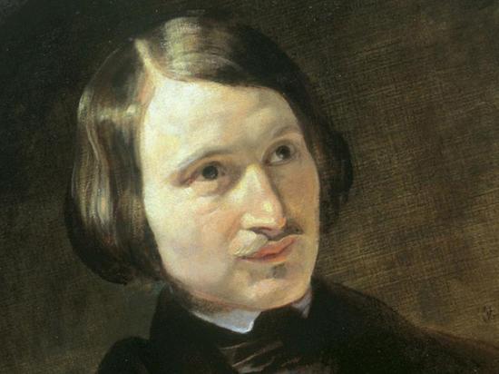 210 лет Гоголю: как надгробие таинственного писателя «переехало» к Булгакову
